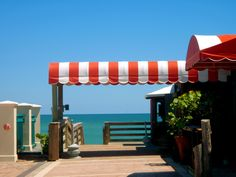 thought this was a great place to eat (yummy beet salad). Right on the Ocean! The Ocean Grill - Vero Beach, Florida Beach Images, Beach Pictures, Vero Beach Florida, Florida Sunshine, Sunshine State, Indian River County, Beach Patio, Palm City, Jensen Beach