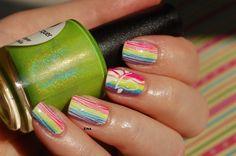 unicorn raibow holo nail art  www.dorothynailassay.com