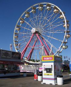 8-28: Minnesota State Fair. Thumbs down on the Ferris wheel this year. No line but it cost $12 for 2 people and it went around only 4 times. Last time we ride that one.