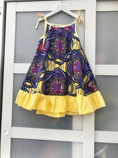 African print girl dress / beach dress /summer dress / swing dress for girls / holiday dress. Ankara dress for girls age - Summer Dresses Girls Holiday Dresses, Dresses Kids Girl, Kids Outfits, Dress Girl, Little Girl Summer Dresses, African Dresses For Kids, African Fashion Dresses, Dress Fashion, Fashion Outfits