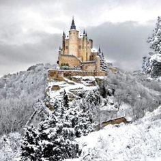 De 44 meest magische kastelen van over de hele wereld