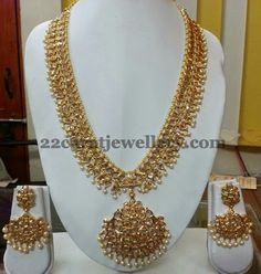 Jewellery Designs: Enchanting Two Tone Pachi Set