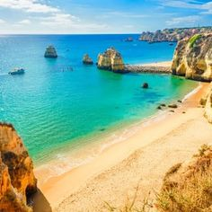 10 Travel Tips for Visiting the Algarve, Portugal Algarve, Places In New York, Places In Europe, Budapest Things To Do In, Destinations, Greek Islands, Lisbon, Beautiful Places, Amazing Places