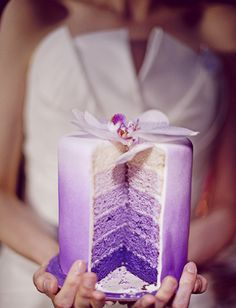 Must Have Wedding Photos  Purple Ombre Orchid Cake