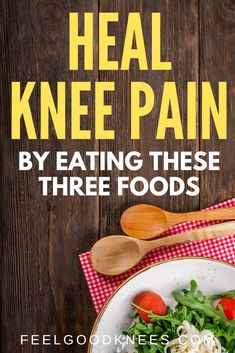 How to Reduce Knee Pain And Swelling by Eating These Three Foods Knee Pain Relief, Arthritis Pain Relief, Arthritis Remedies, Knee Swelling, Swollen Knee, Knee Osteoarthritis, Knee Arthritis Exercises, Knee Pain Exercises