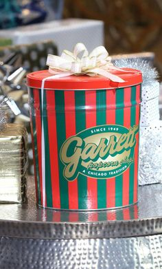 The Chicago Mix by Garrett Popcorn //  Click here to enter for your chance to win this and 13 other prizes!