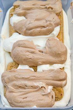INGHETATA TIRAMISU FARA OUA | Diva in bucatarie Food Cakes, Parfait, Tiramisu, Cake Recipes, Foodies, Peanut Butter, Cooking, Fine Dining, Cakes
