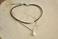 Milky Way Milk Jade Pendant Choker Necklace with par Stonelandia Choker Necklaces, Pearl Necklace, Chokers, Jade Pendant, Milky Way, Pearls, Silver, Etsy, Jewelry