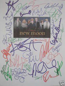 Twilight New Moon Colored Copy Signed Script signed by 32 stars