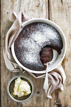 Heuningkoekpoeding   SARIE Pie Recipes, Dessert Recipes, Desserts, Yummy Treats, Sweet Treats, Good Food, Yummy Food, South African Recipes, Postres