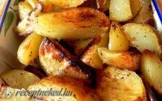A legjobb Sütőben sült fűszeres krumpli recept egyenesen a Receptneked. Hungarian Recipes, Hungarian Food, Entrees, Potato Salad, Side Dishes, Bacon, Food And Drink, Yummy Food, Lunch