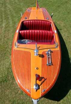Classic Chris Craft 20' Riviera