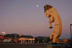 Giant Kokapelli outside of Winslow Arizona. Photo by Amy Laurel Hegy @A Tale of Two Tramps