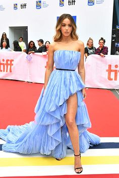"""Chloe Bennet at the premiere of """"Abominable"""" at the 2019 Toronto International Film Festival Chloe Bennett, Strapless Dress Formal, Formal Dresses, Cute Beauty, International Film Festival, Classic Beauty, Beautiful Celebrities, Blue Dresses, Valentino"""