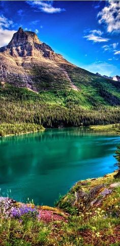 Glacier National Park, Montana, United States of America So beautiful! I keep seeing stuff about Glacier National Park. Places Around The World, Oh The Places You'll Go, Places To Travel, Places To Visit, Travel Destinations, Glacier National Park Montana, Glacier Montana, Glacier Park, West Glacier