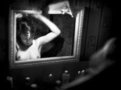 FANTOMATIK: Belles au miroir