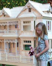 i want one :-) Barbie size Victorian Mini Doll House, Barbie Doll House, Barbie Dream House, Barbie Dolls, Dream Doll, Victorian Dolls, Victorian Dollhouse, Dollhouse Dolls, Dollhouse Ideas