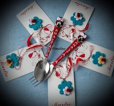 Martisoare buburuza pe floare / Tacamuri Minnie personalizate 8 Martie, Measuring Spoons, Blog, Fimo, Blogging