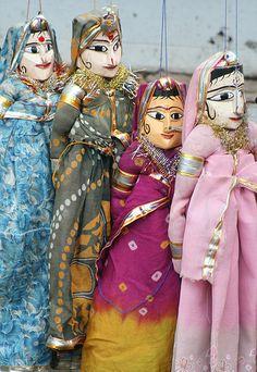 Cochin dolls, India