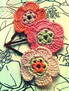 Crochet Daisy Flower Hair Pins Peach Pink & by CatWomanCrafts, $10.00