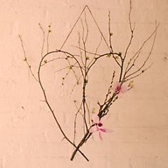 As the new month begins, we're feeling refreshed thanks to an abundance of blooming branches all over the house. Quick Crafts, Diy Crafts, Ikebana, Promotional Giveaways, Heart Wreath, Sewing Hacks, Sewing Tips, Garden Pots, Flower Arrangements