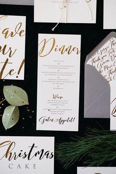 Hochzeitspapeterie von Kleine Karte Hochzeitspapeterie mit goldenem Druck Fotos: Sandra Hützen Papeterie: Kleine Karte