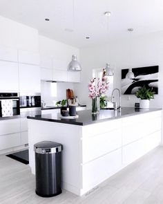 luxury credit card Rate this kitchen below. What do you like most More content at udarelyh . - Home Decors Ideas 2020 - Rate this kitchen below. What do you like most More content at udarelyh - Kitchen Room Design, Modern Kitchen Design, Home Decor Kitchen, Interior Design Kitchen, Kitchen Ideas, Interior Decorating, Modern Farmhouse Kitchens, Home Kitchens, Dream Kitchens