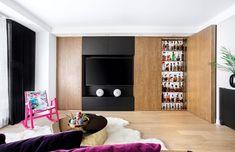 Le condo élégant d'une styliste déco | Les idées de ma maison Condo, Divider, Salons, Room, Furniture, Home Decor, Personal Stylist, Home, Bedroom