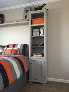 Bedroom Storage Towers and Shelf: Woodworking Plan