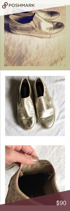 Burberry gold slides Super cute sneakers that are a reposh since they don't fit. These are marked 38 which for Burberry translates to a 7-7.5. Gently worn and in great condition. Just trying to get what I paid. Grab these for Spring and Summer! 🕶🌞🌈 Burberry Shoes Sneakers