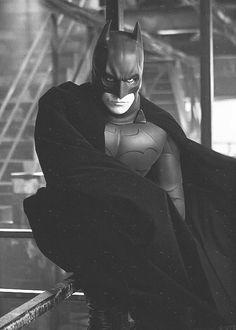 Christian Bale as Bruce Wayne/Batman in Batman Begins Dark Knight Dark Knight Rises Batman Y Superman, Batman And Catwoman, Batman Dark, Batman The Dark Knight, Batman Robin, Batgirl, Batwoman, Spiderman 2002, Batman Christian Bale