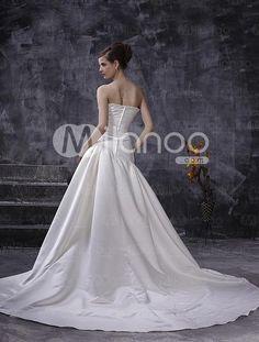 Breathtaking White Satin Sleeveless A-line Wedding Dress