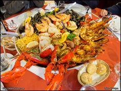 Fruits de Mer (Pedra Alta, Paris, France) Paris Restaurants, Restaurant Bar, Shrimp, Foods, Ethnic Recipes, Design, Portuguese, Seafood, Everything