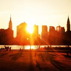 Check Out These 15 Phenomenal Photos From Manhattanhenge! | Page 2 of 2 | Big AppledBig Appled