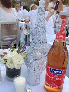 these guests have brought the spirit of France to their table at Diner en Blanc Cincinnati, 2012