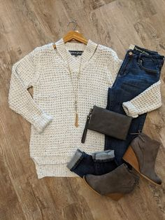 Stitch fix outfits, teacher outfits, stitch fix stylist, dark jeans, mom style Mode Outfits, Casual Outfits, Fashion Outfits, Womens Fashion, Fasion, Fall Winter Outfits, Autumn Winter Fashion, Winter Clothes, Vetement Fashion