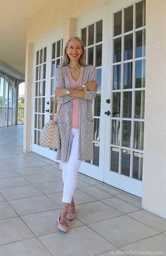 (Video chat & ootd) classic fashion over grey long cardigan, peach tee, white leggings, louis vuitton speedy bandouliere, and blush ghillie flats Stylish Outfits For Women Over 50, Spring Outfits Women, Fashion For Women Over 40, Womens Fashion For Work, Fall Outfits, Holiday Outfits, Summer Outfits, Holiday Wear, Clothes For Women Over 50