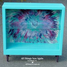 Create a fun burst of color on furniture makeover projects with the Unicorn SPiT Aura Blast Design. This step-by-step tutorial from All Things New Again will teach you this popular technique using Unicorn SPiT non-toxic rainbow gel stain and glaze. Unicorn Spit Stain, Colorful Furniture, Painted Furniture, Refurbished Furniture, Upcycled Furniture, Rustic Furniture, Rehabbed Furniture, Glaze Paint, Color Swirl