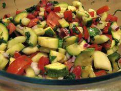 Been pretty hot lately so this Cucumber Zucchini Tomato Salad is a great cooler for those days you want to beat the heat. Yeah that's right, it's another freaking salad. It's been heat wave, cool… Tomato Salad Recipes, Cucumber Tomato Salad, Summer Salad Recipes, Summer Salads, Zucchini Tomato, Zucchini Salad, Green Bean Salads, Green Bean Recipes, Potato Salad With Egg