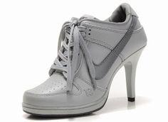 12 meilleures images du tableau chaussure nike talon ...