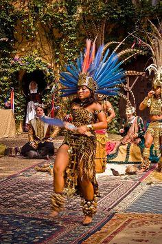 indian costume Aztec