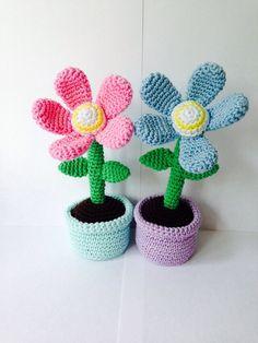 Bestelling bloemen weer op de post! Binnenkort ook verkrijgbaar als haakpatroon.