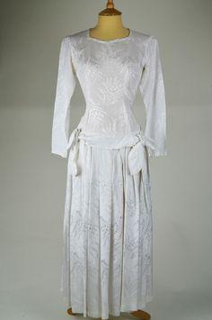 1920 Vintage Dresses | 1920s Vintage Wedding Dress White Silk Floral Brocade with Drop Waist ...