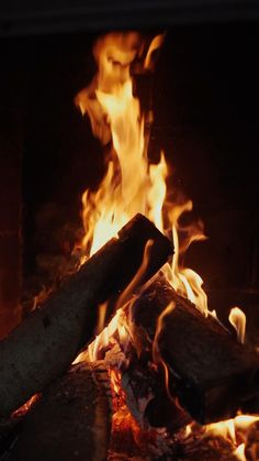 Fire Photography, Pinterest Photography, Aesthetic Photography Nature, Black Background Wallpaper, Best Photo Background, Beautiful Photos Of Nature, Beautiful Songs, Aesthetic Movies, Aesthetic Videos