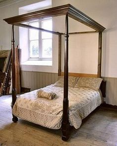 97 inches 246 mm / Four Poster Antique Georgian Bed