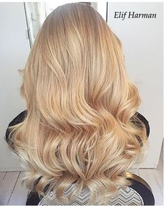 Creamy honey blonde  #elifharman1 #matrix #olaplex #olaplexsweden…