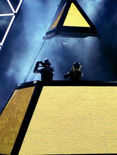 Daft Punk pyramid DJ Booth #edm