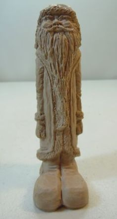 Christmas-Santa-Figure-Clay-or-Resin-Light-Color-Wood-Look-Textured