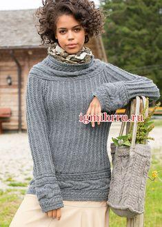Серый шерстяной пуловер с поперечными планками из кос. Вязание спицами  В холодную погоду вам будет комфортно и тепло в этом  пуловере, связанном патентной резинкой и украшенном широкими поперечными планками из «кос»
