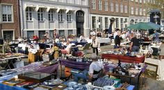 Gammel Strand Antique Market ~ is the city's most exclusive flea market with a product range for connoisseurs. Available Blue Fluted service, crystal, silverware, Ming-style vases and royal porcelain figurines. Summer every Friday and Saturday. #Copenhagen #Gammel_Strand_Antique_Market